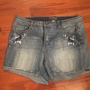 Women's size 14 Ruff Hewn denim shorts